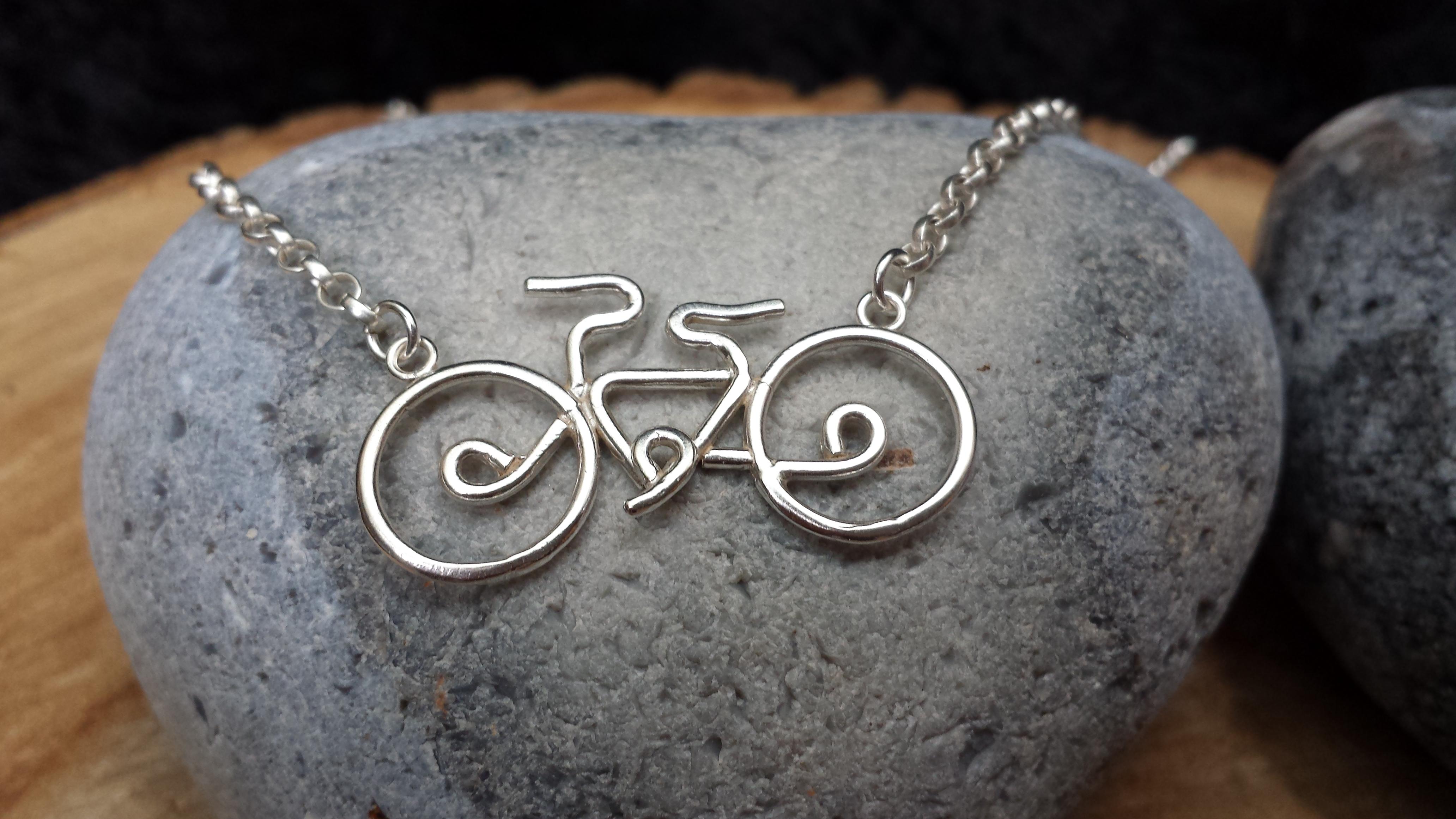 Silver Cambridge bicycle pendant