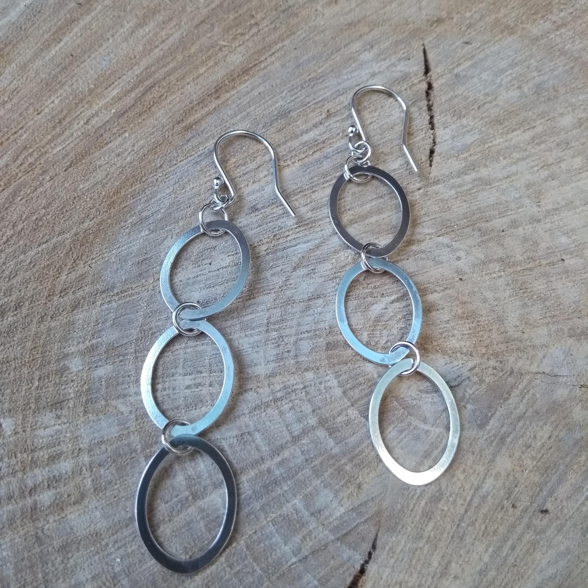 Silver 3 ovals dangle earrings